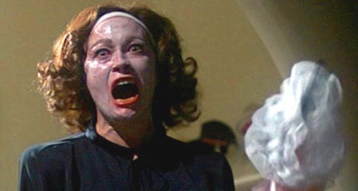 faye-dunaway-mommie-dearest-joan-crawford